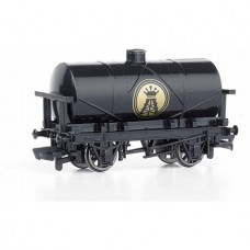 Bachmann Trains Thomas and Friends Oil Tank, HO Scale Train